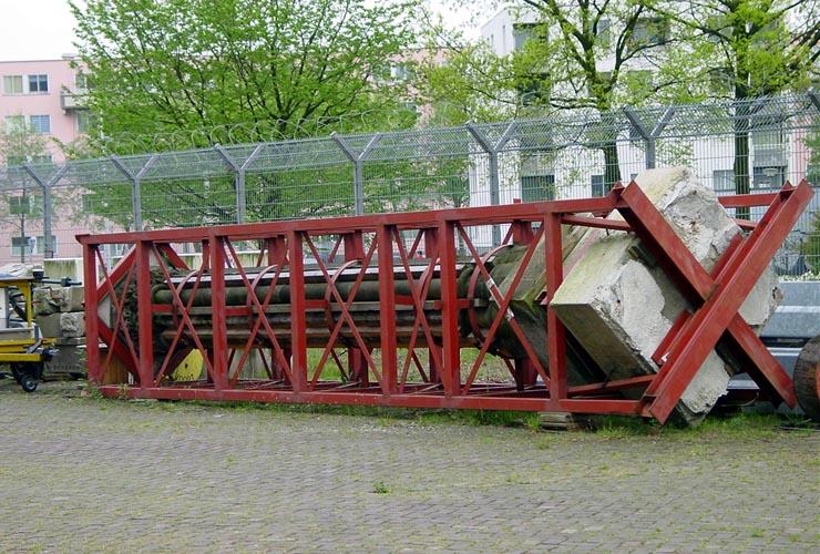 Mirakelkolom terug in Amsterdam
