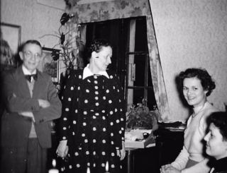 Het gezin in 1945. Hilmar, zijn vrouw Louise, Ingrid en Ulla. Bron: oorlogsouders