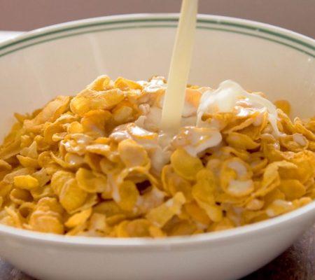 Kellog Cornflakes met melk - cc