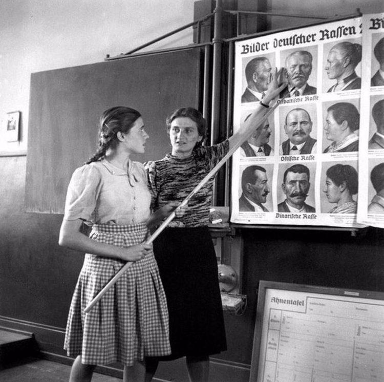 Zo zien Ariërs eruit (1943)