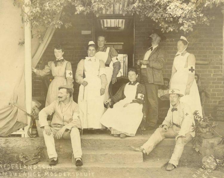Nederlandse Rode Kruis in Modderspruit, 1900