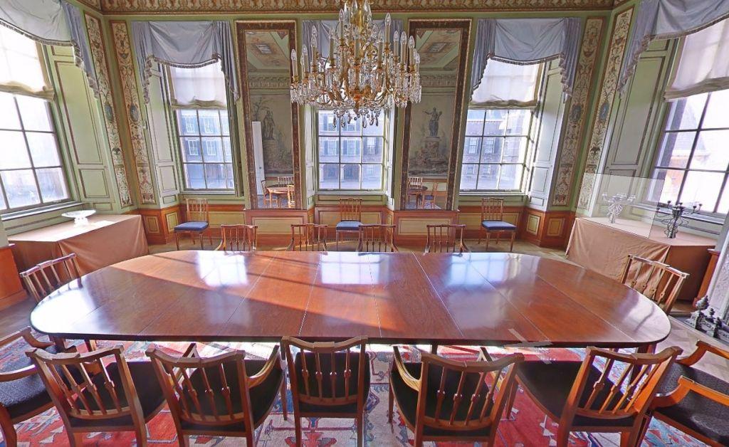 De Stadhouderskamer op het Binnenhof in Den Haag (Google Street View)