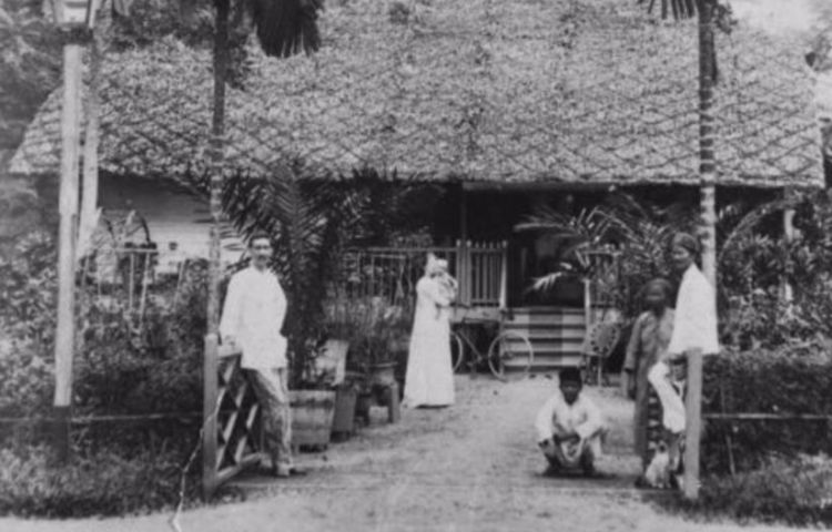 Huis te Medan met voorgallerij (Wikimedia/Tropenmuseum)