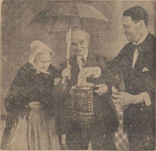 Professor Ben Ali Libi' (rechts) in 1933 (Sumatra Post, Delpher)