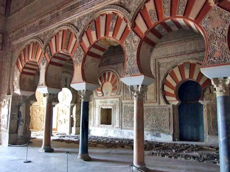 Restanten van een bouwwerk in Medina al-Zahra - cc