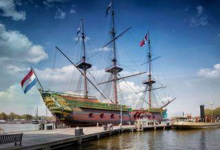Replica van het VOC-schip Amsterdam (Scheepvaartmuseum)