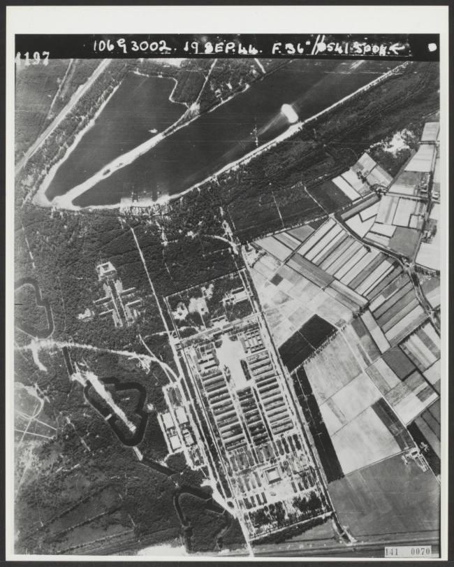 Luchtopname Kamp Vught uit 1944 (RAF)