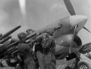 Hawker Typhoon, type vliegtuig dat bij de aanval werd ingezet (wiki)