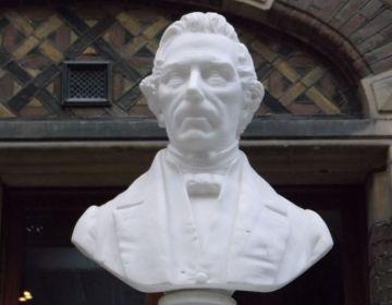 Buste van Thorbecke in de Statenpassage in het Tweede Kamergebouw (cc - Effeietsanders)