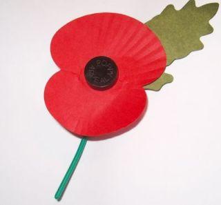 Een klaproos van The Royal British Legion (wiki - Philip Stevens)