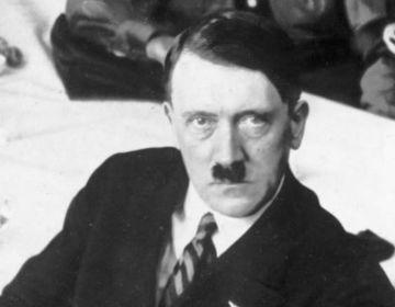 Portretfoto van Adolf Hitler uit 1932