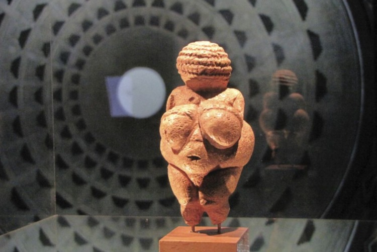 Venus van Willendorf – Vruchtbaarheidssymbool uit het laatpaleolithicum