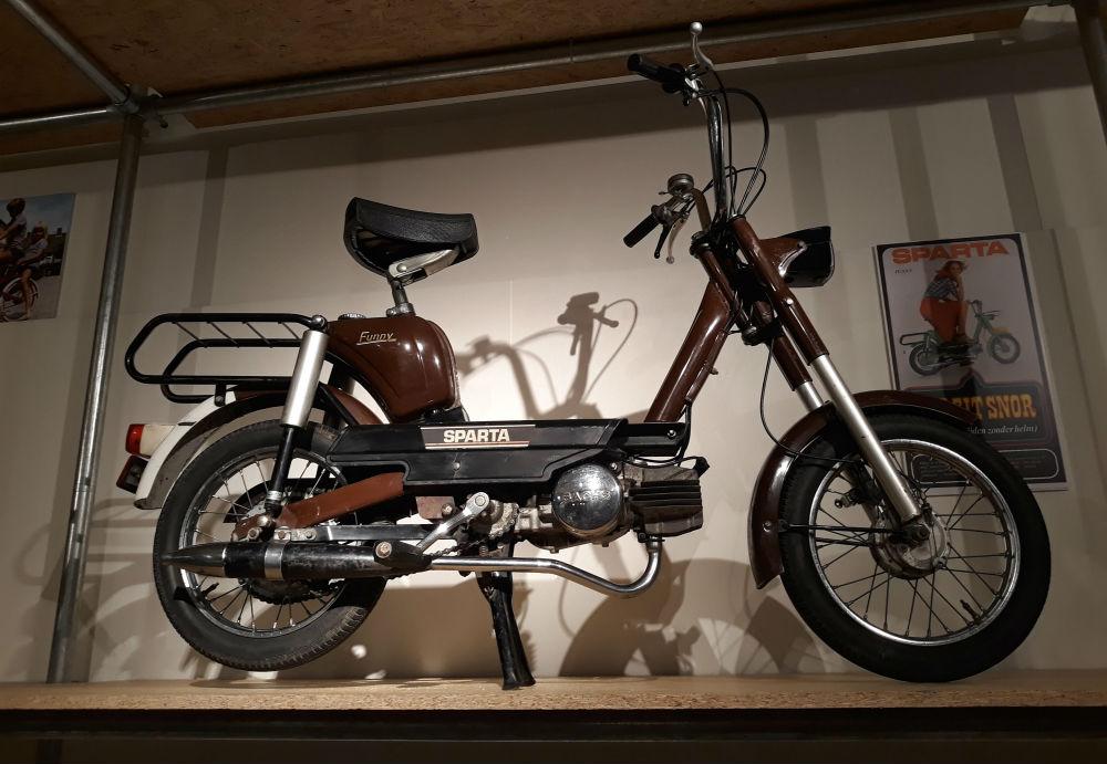 De Sparta-snorfiets 'Funny', met een Sachs 50 cc motor - Nieuwprijs: ca. fl. 859,- (Foto Historiek)