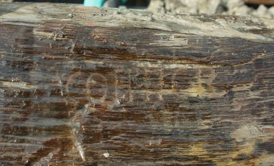 Romeinse inscriptie gevonden op paal oude weg