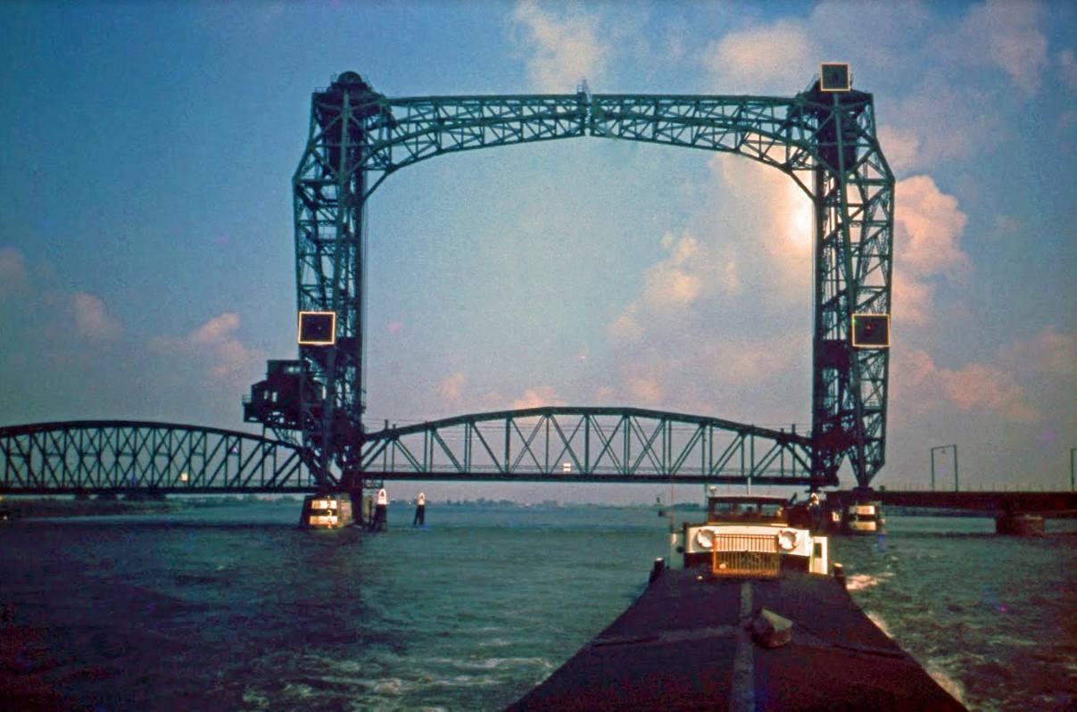 Brug over de Oude Maas – Barendrechtse brug (1888-1969)