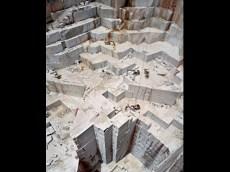 Edward Burtynsky; Iberia Quarries 3; 2006