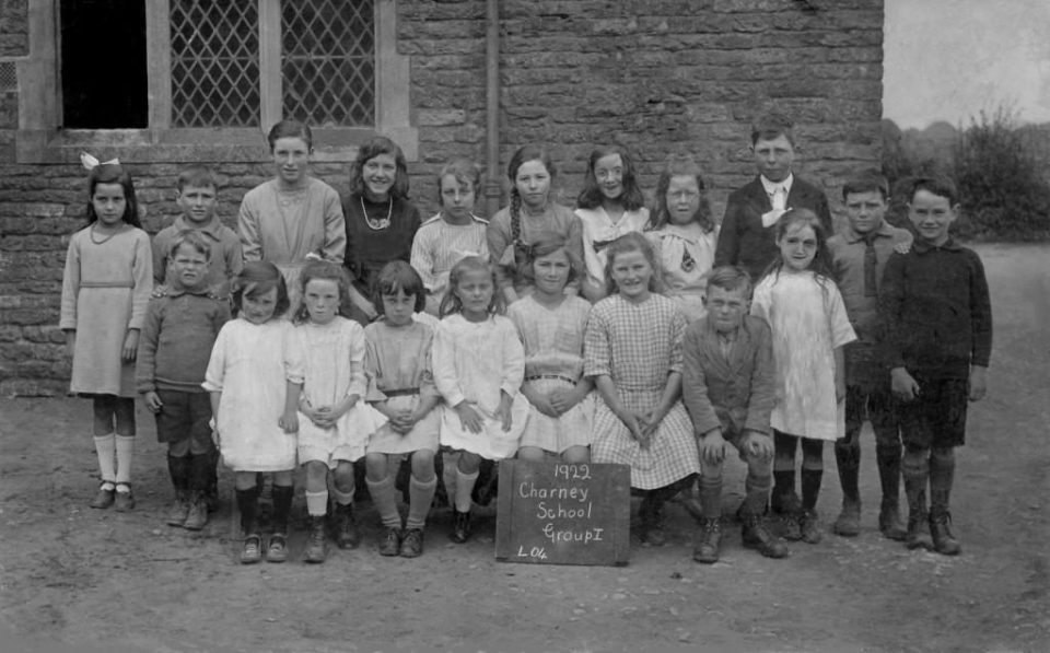 School photo 1922 [Ruth Gerring]