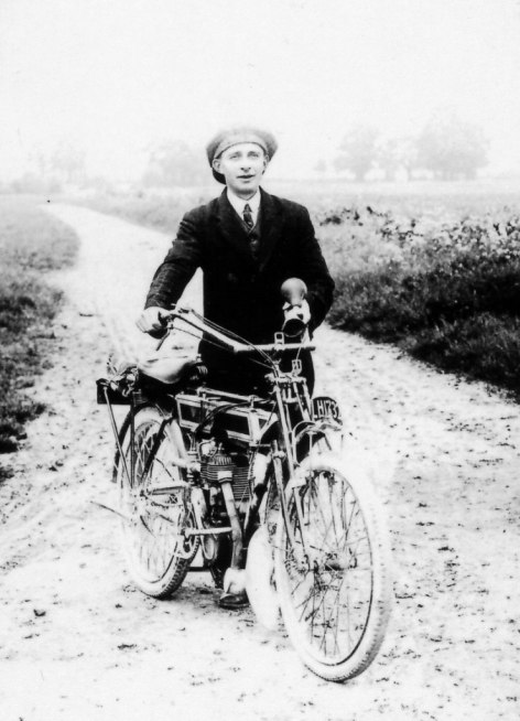 First motorised vehicle in Charney George Bungay [Ruth Gerring]. Identified as probably a Triumph by the National Motorcycle Museum.