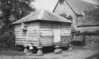 The Granary (since demolished) at Rectory Farm [Sheila Terry]