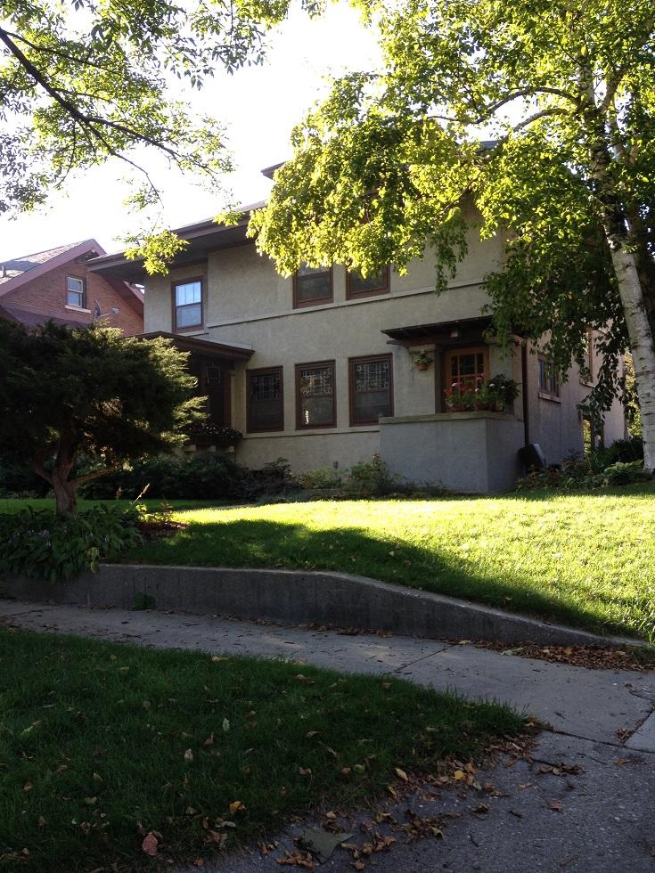 Garfield Ave., 608 - 3 sm