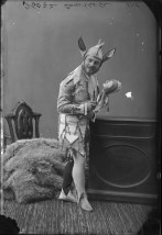 Mr. William Campbell as a court jester. http://collectionscanada.gc.ca/pam_archives/index.php?fuseaction=genitem.displayItem&lang=eng&rec_nbr=3200062