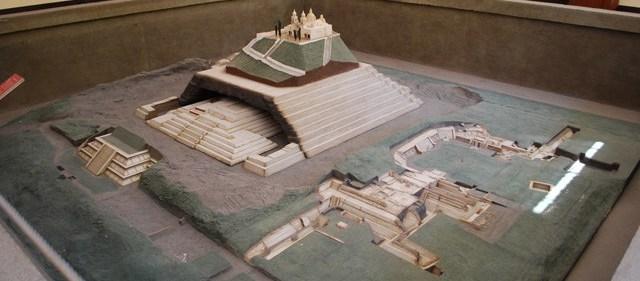 pyramide_mexico