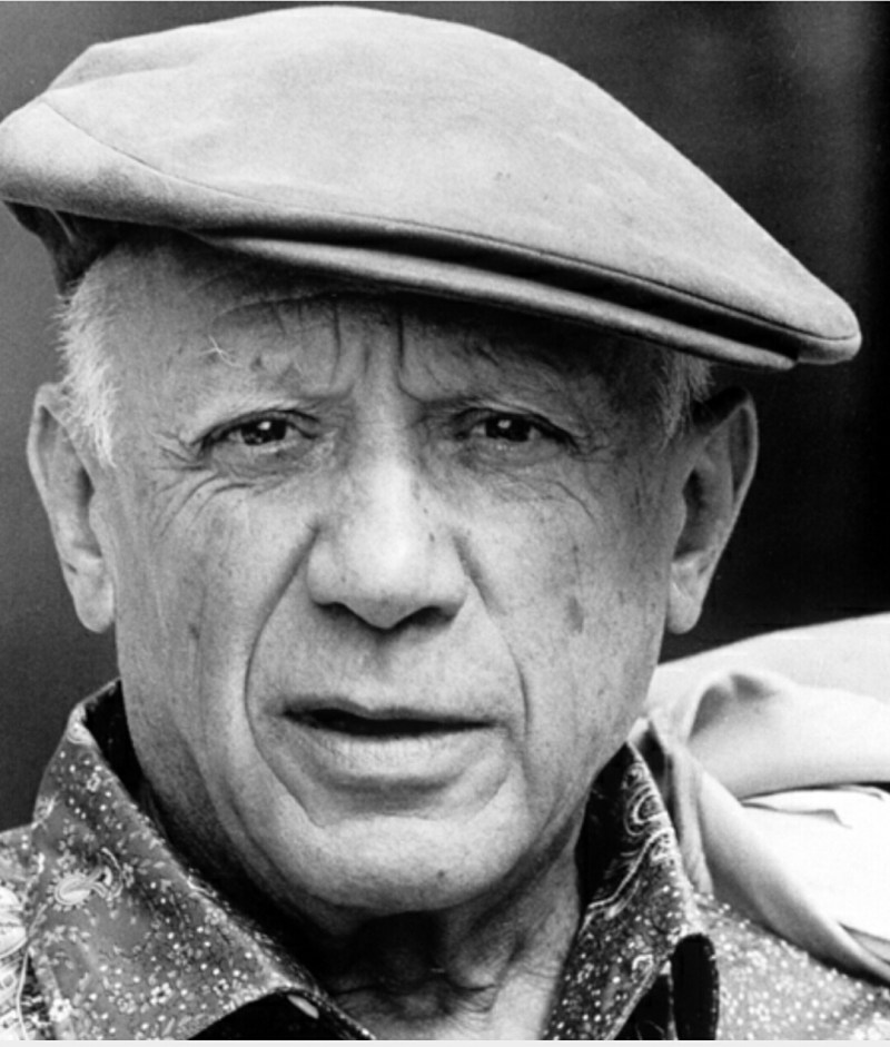 Pablo Picasso wearing a hat 1962