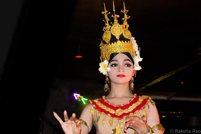 Cambodia - Siem Reap - Aspara Dance Performance - Collab Entry