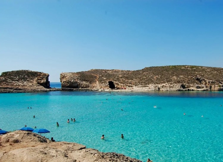 Malta - Blue Lagoon - Cominotto and Swimmers