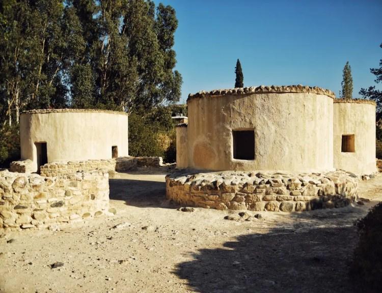 The reproduction huts at Choirokoitia