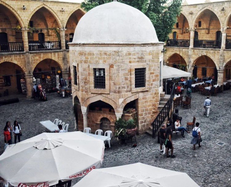 The inside of the Büyük Han