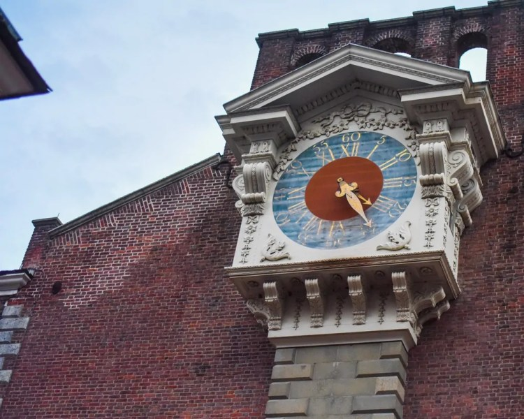 The clock on the outside of the Hall