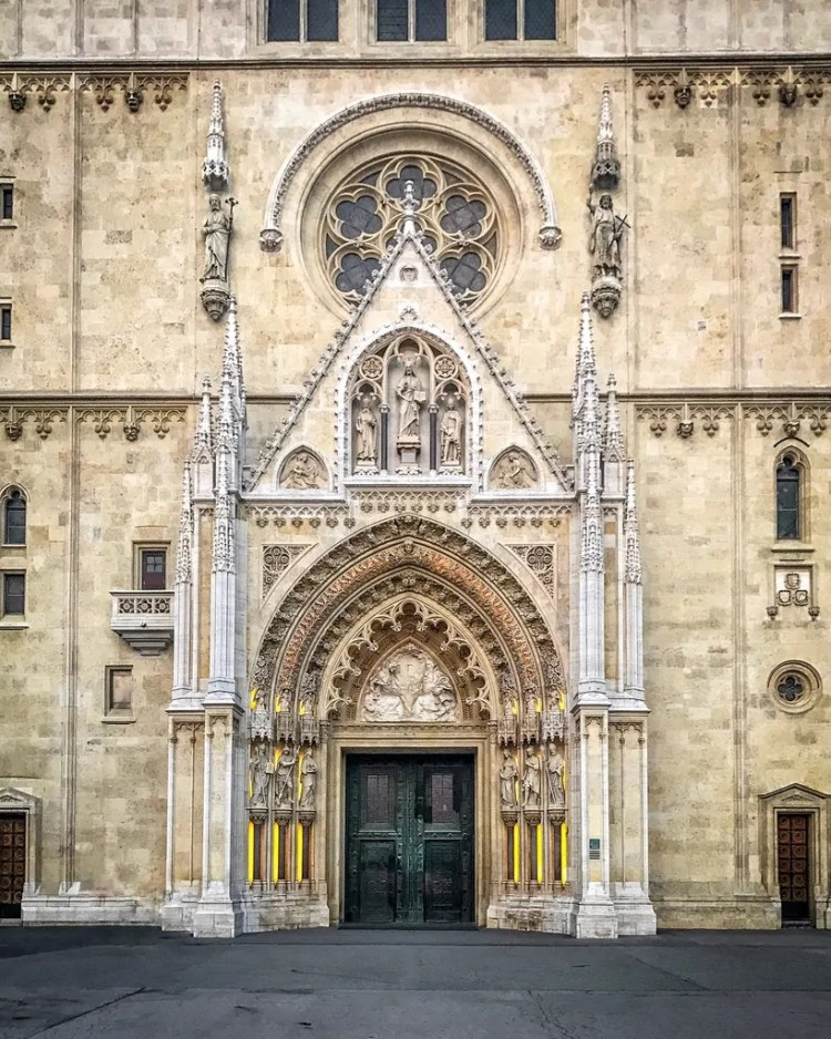 The front doors of Zagreb Cathedral
