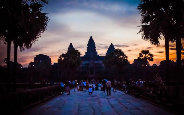 The Lost History of Angkor