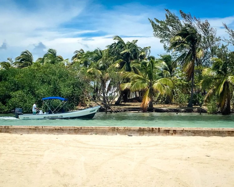 Belize - Ambergris Caye - Boat