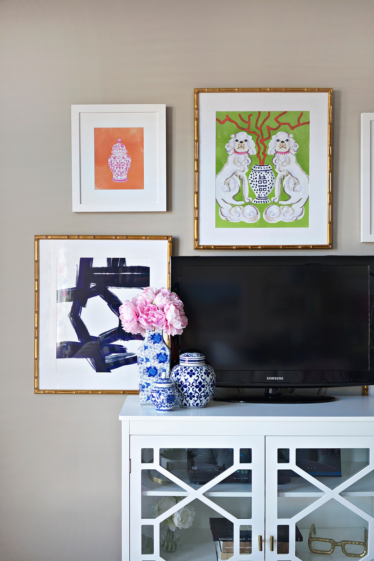 How to Create and Hang the Perfect Gallery Wall
