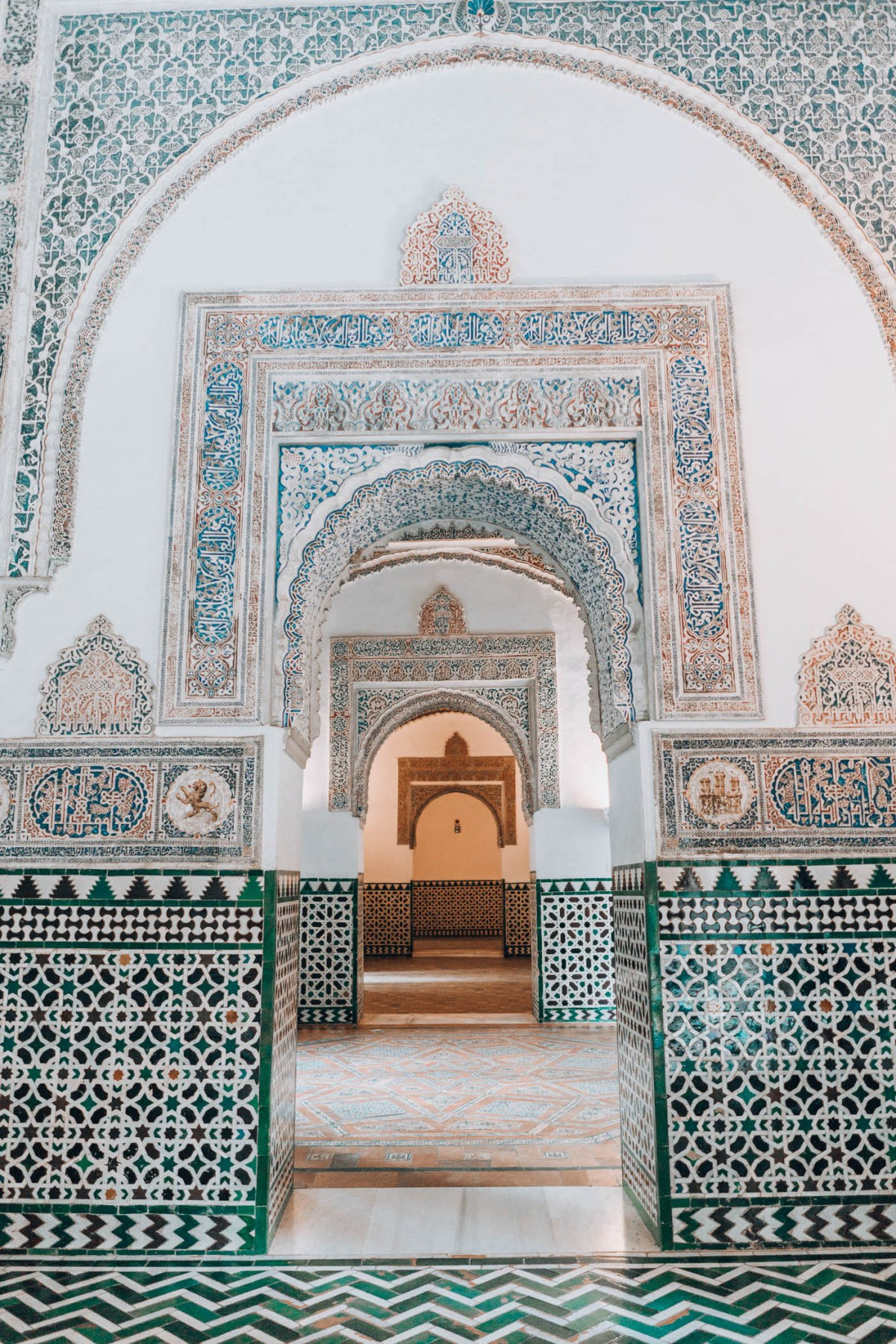 Alcazar, 48 Hours in Seville, Guide, History in High Heels
