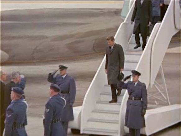 342-USAF-34662 - PRESIDENT KENNEDY VISITS SAC HEADQUARTERS, 12-07-1962-135.000