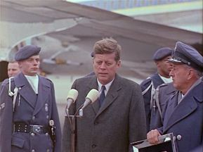 342-USAF-34662 - PRESIDENT KENNEDY VISITS SAC HEADQUARTERS, 12-07-1962-375.000