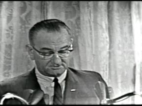 MP 510 - LBJ Press Conference - 19640307-120.000