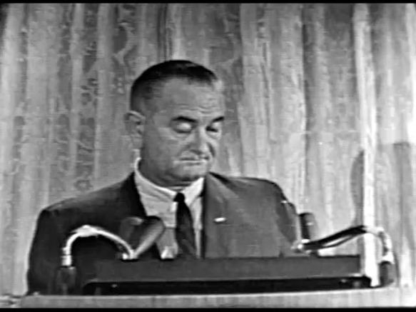 MP 510 - LBJ Press Conference - 19640307-1380.000
