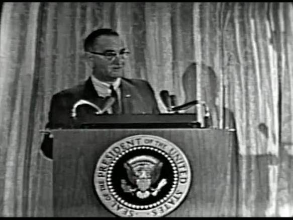MP 510 - LBJ Press Conference - 19640307-540.000