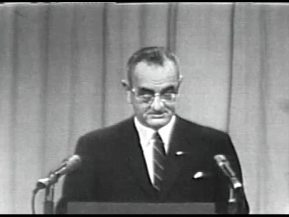 MP 511 - LBJ Press Conference - 19640416-420.000