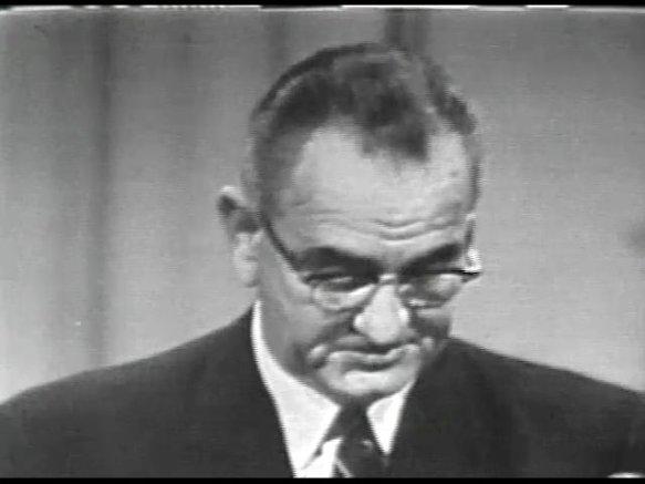 MP 511 - LBJ Press Conference - 19640416-540.000