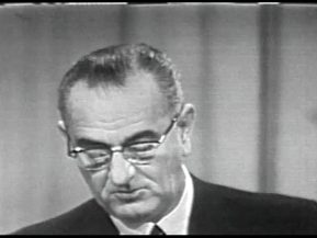 MP 511 - LBJ Press Conference - 19640416-780.000