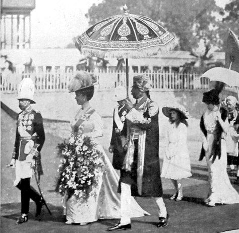 Fascinating Historical Picture of George V with Queen in 1911