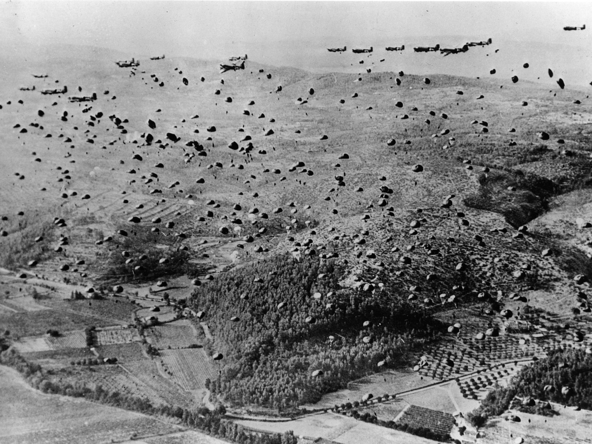 This is What Parachutes and Air Force Troop Carrier Air Division C-47s Looked Like  on 8/12/1944