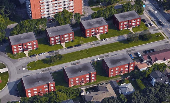 Sam Macy's Saxony Apartments, 2015. Image: Google Maps.