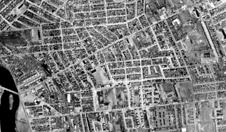 An aerial view of Eastview (Vanier) in 1965. Source: geoOttawa.