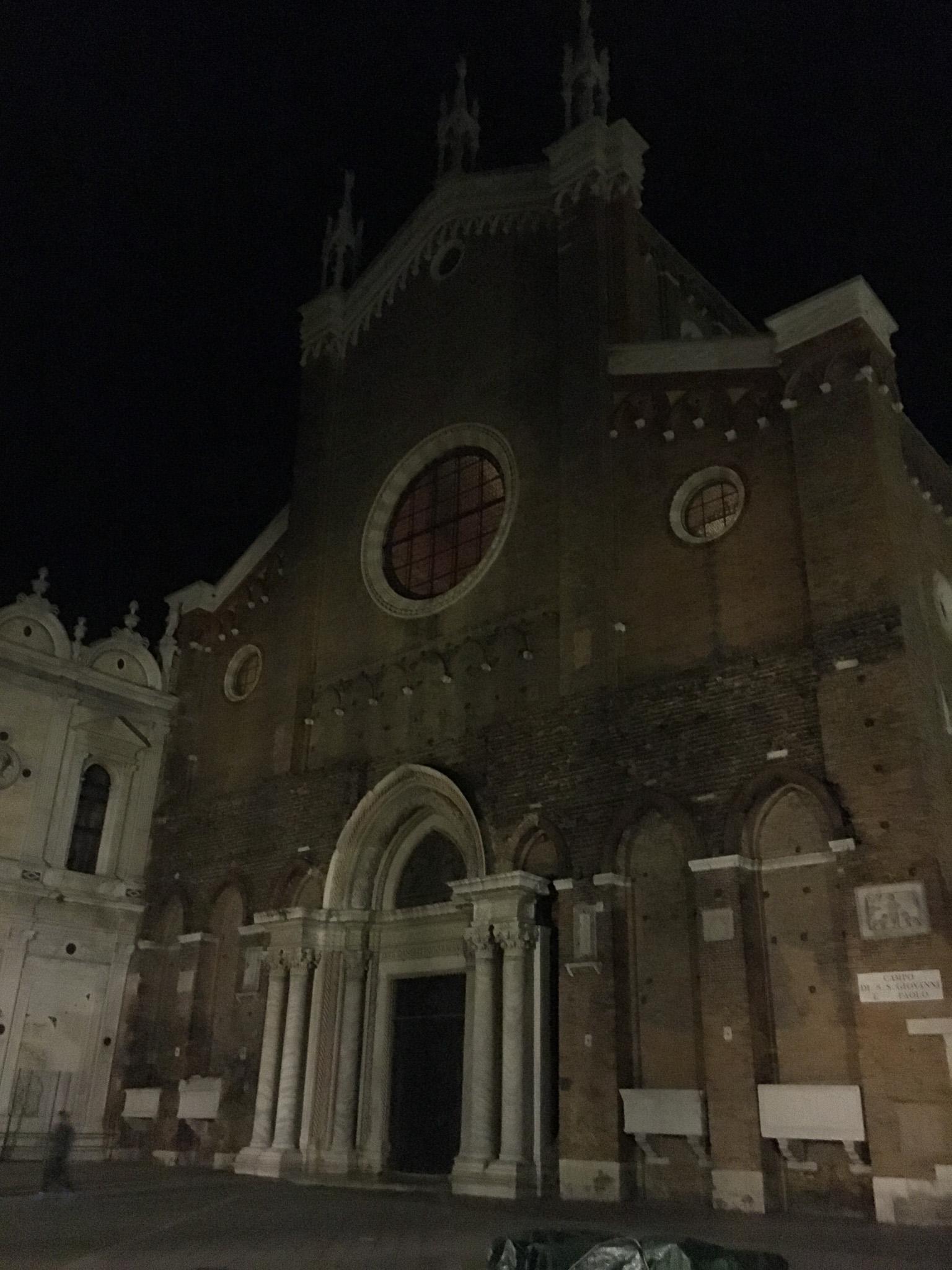 front Basilica di San Giovanni e Paolo